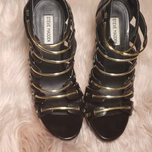 Black wedges SM